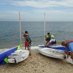 setting-up-sail-boats